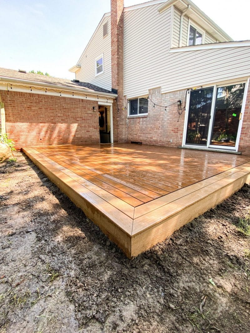 Classic Picture Frame Composite deck on Brick Home in Michigan