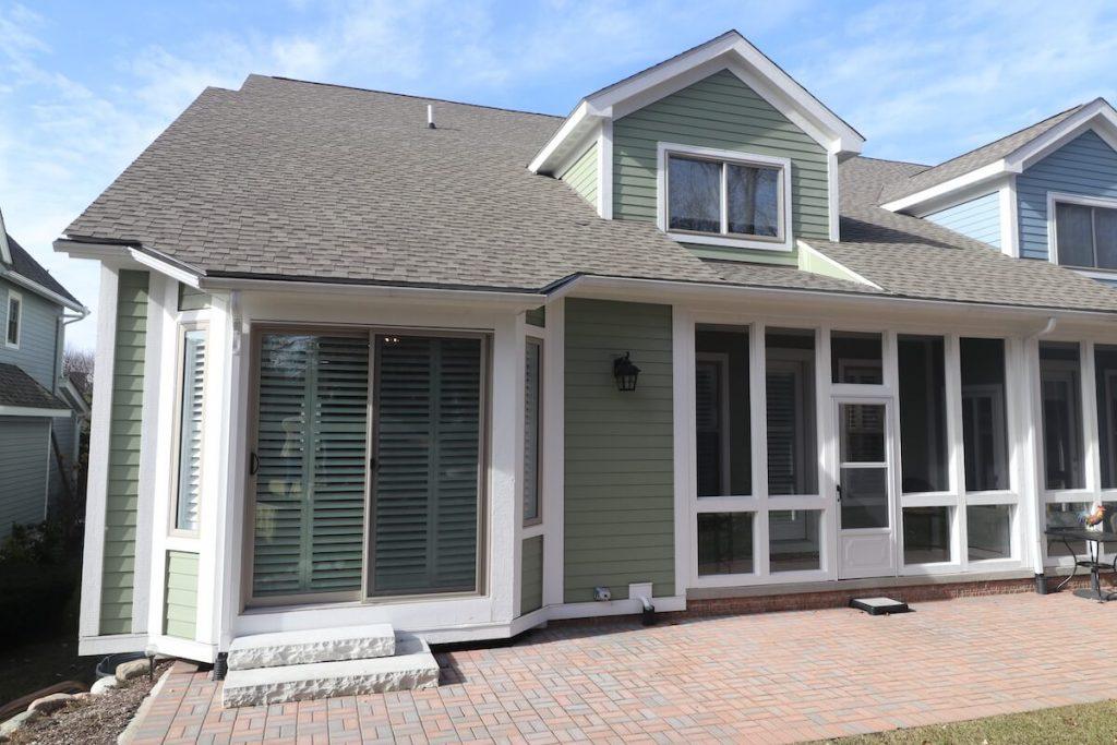 asphalt shingle roofing on Michigan home